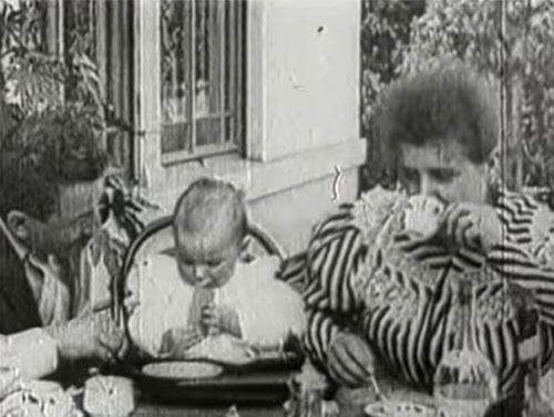 Repas de bébé 1895