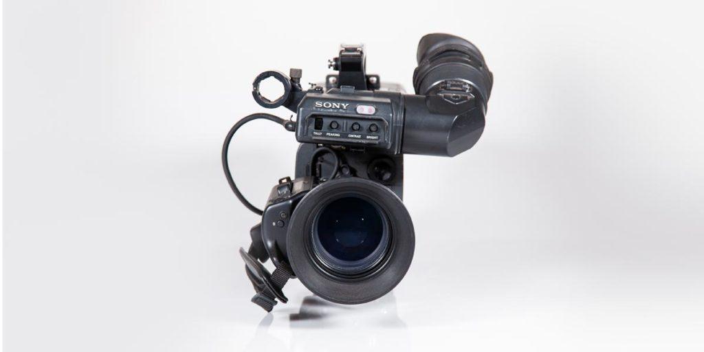 SONY-DXC-D35-frontale recupero apparecchiature